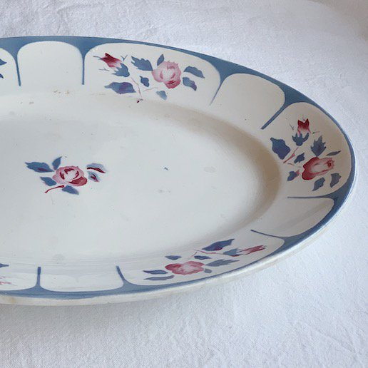 Sarreguemines oval plate<img class='new_mark_img2' src='https://img.shop-pro.jp/img/new/icons47.gif' style='border:none;display:inline;margin:0px;padding:0px;width:auto;' />