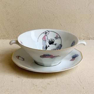 Vintage soup cup saucer<img class='new_mark_img2' src='https://img.shop-pro.jp/img/new/icons47.gif' style='border:none;display:inline;margin:0px;padding:0px;width:auto;' />
