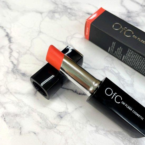 【OfC】オーエフシー 太陽光で色が変化する奇跡のリップスティックトリートメントNo.04【Coral⇔DarkPink】3.5g 送料無料