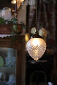 ハンドカット フロストガラス  パイナップルみたいなランプシェード