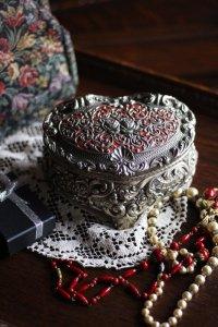 シルバープレート フランスの姫的 バラのジュエリーBOX