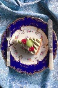 オールド・ミントン ロイヤルブルーのリム ペア 手描きブーケのプレート