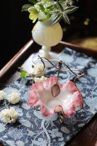 英国製 クランベリー ピンクのフリル アフターヌーンティーに欠かせない ジャムトレイ スプーン付