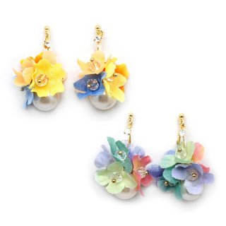swing flowers イヤリング:zoule(ゾーラ)