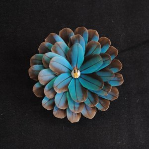 カワセミのヘア&ブローチ(大輪)