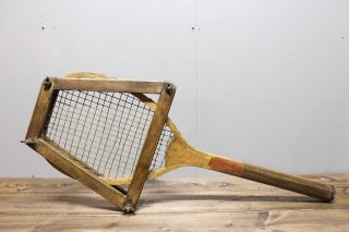 <img class='new_mark_img1' src='https://img.shop-pro.jp/img/new/icons14.gif' style='border:none;display:inline;margin:0px;padding:0px;width:auto;' />Wood Tennis Racket & Racquet Press