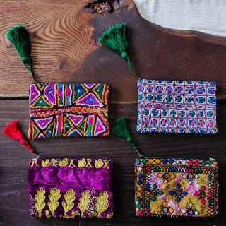アフガン刺繍のパッチワークポーチ〈F〜I〉◆ハンドメイド◆カッチ刺繍/パシュトゥン