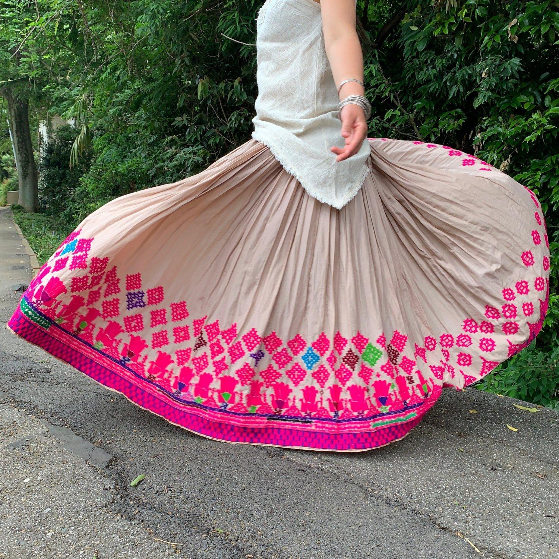 カッチ刺繍ジプシースカート#24 *Kutch gypsy skirt◆vintage◆ラバリ族《ベージュ3》