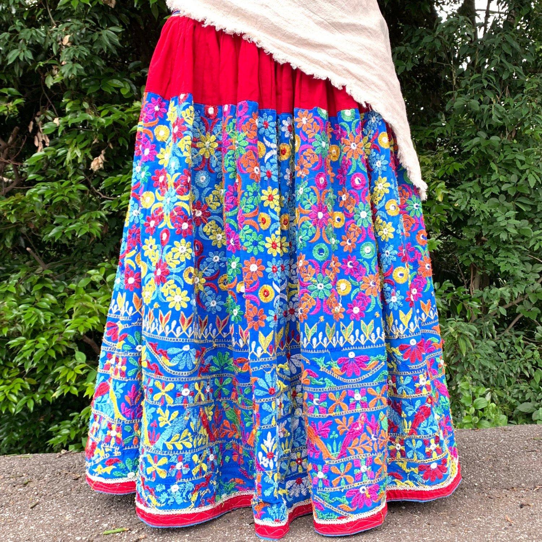 グジャラートカッチ刺繍ジプシースカート#30 *Kutch gypsy skirt◆vintage◆バンジャラ《レッドx刺繍》