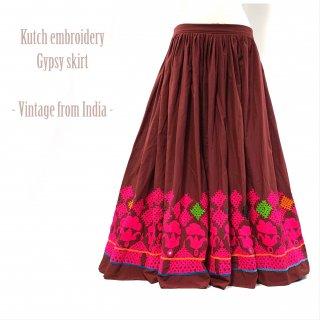 Kutch gypsy skirt #51 *vintage * カッチ刺繍スカート バンジャラ《ワイン》