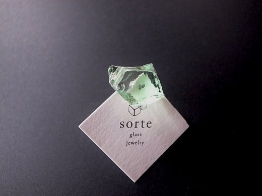 stardust片耳ピアス/sorte glass jewelry