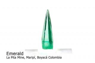 エメラルド 結晶石 コロンビア産|La Pita Mina, Maripi, Boyaca, Colombia|緑柱石|Emerald|2513A