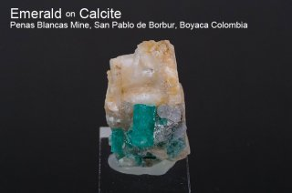 エメラルド on カルサイト 結晶 コロンビア産|緑柱石|Penas Blancas Mine, San Pablo de Borbur, Boyaca Colombia|Emerald|142E|