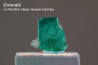 エメラルド 結晶石 コロンビア産|La Pita Mine, Maripi, Boyaca Colombia|緑柱石|Emerald|66D|