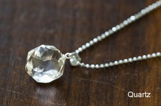 水晶 ペンダント|ジェムカットで美しいペンダント|スターカット|Quartz|