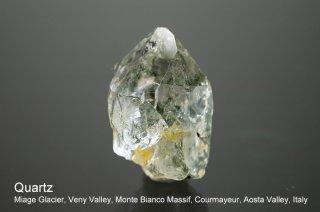クォーツ 結晶 イタリア産|Miage Glacier, Veny Valley, Monte Bianco Massif,  Valley, Italy|Quartz|アクチノライト入り