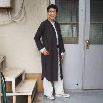 evam eva / vie(ヴァヴィー)  raising linen robe<img class='new_mark_img2' src='https://img.shop-pro.jp/img/new/icons5.gif' style='border:none;display:inline;margin:0px;padding:0px;width:auto;' />