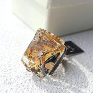 1点ものガラスのIsakoリング Gold series 箱付