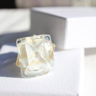 1点ものガラスのIsakoリング|白い華|箱付