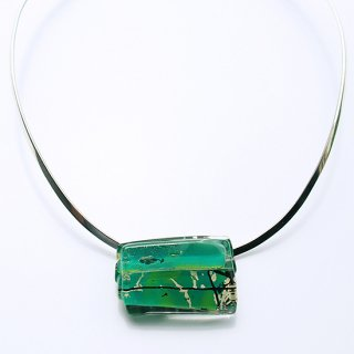 1点ものガラスのシルバーチョーカー(太Uタイプ)|GREEN MAP|箱付