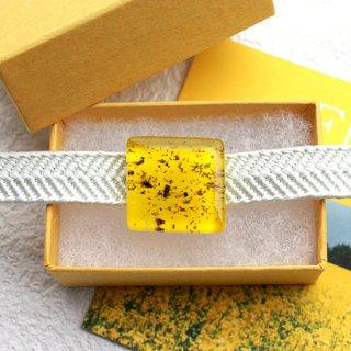 伊勢志摩シリーズ・1点ものガラスの帯留め「花/Flower」|箱付