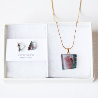 1点ものガラス「伊勢志摩シリーズ山/Mountainピアス」&「Paintingペンダント」セット|箱付