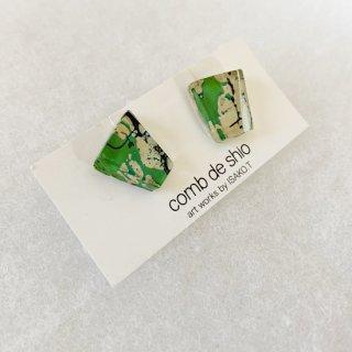 1点ものガラスイヤリング|グリーンマップ|箱付