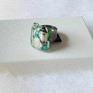1点ものガラスのIsakoリング|グリーンマップ|箱付