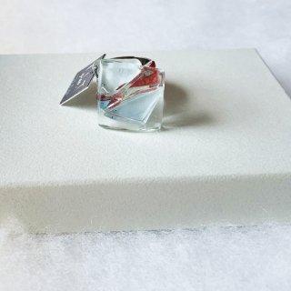 1点ものガラスのIsakoリング|箱付