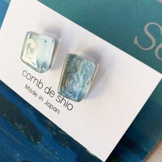 伊勢志摩シリーズ・1点ものガラスピアス「海/Sea」|箱付