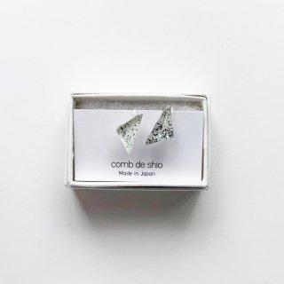 伊勢志摩シリーズ・1点ものガラスイヤリング「雪/Snow」|箱付