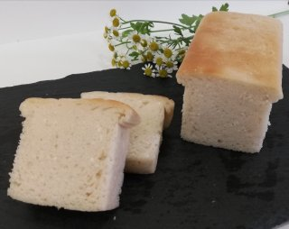 ふわふわもっちり米粉パン (冷凍)