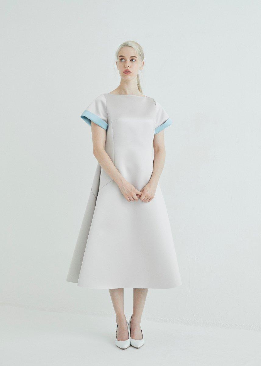 Color arrangement bonding A line dress