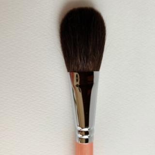 チークパウダーブラシ 広島熊野筆職人匠との最強コラボからうまれた美しい筆