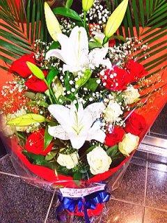 商品ID 0725 花束 ユリとバラ