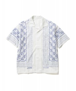 <img class='new_mark_img1' src='https://img.shop-pro.jp/img/new/icons15.gif' style='border:none;display:inline;margin:0px;padding:0px;width:auto;' />BANDANA S/S SHIRTS (WHITE)