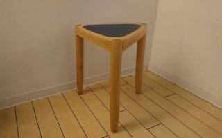 Yanagi stool