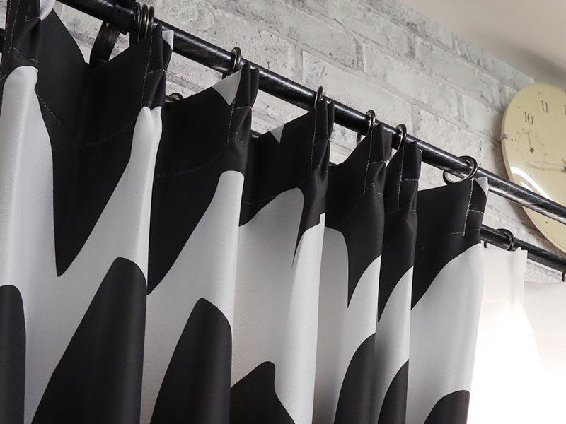 100サイズから選べる!お洒落な北欧デザインの波模様のカーテン 『ウテナ ブラック』