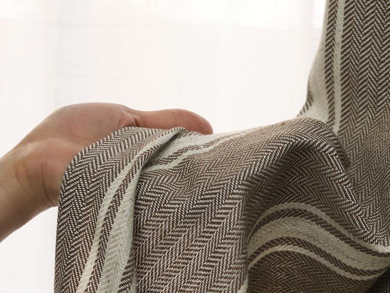 手洗いOK!ヘリンボーンストライプ柄が可愛いカーテン 『カラドル ブラウン』