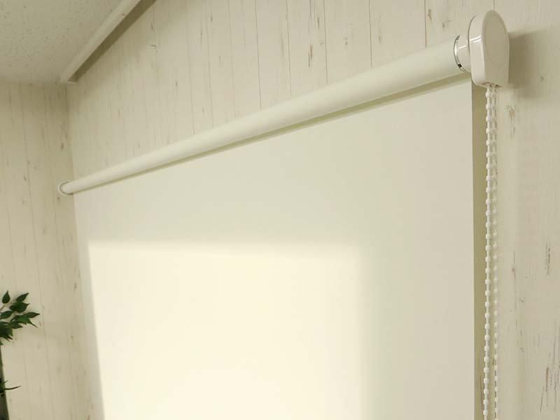 幅300cmまで製作OK!日本製オーダーロールスクリーン『リエット 大型手動タイプ』