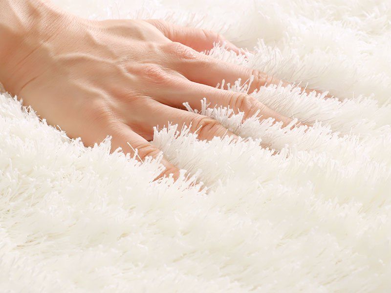 100サイズ 自然な風合いと光沢感のある国産シャギーカーペット【エクル ホワイト】