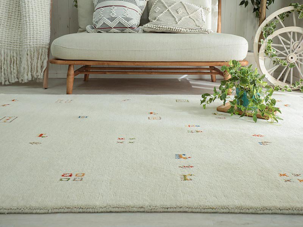 天然羊毛インド製手織りギャッベのラグマット『ソヨカ アイボリー ラグマット』■130x190/190x240:欠品中(次回入荷確認中)