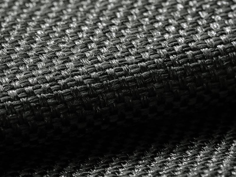風合い豊かな織り地で仕上げた日本製の遮光ドレープカーテン 『メロウ  ブラック』