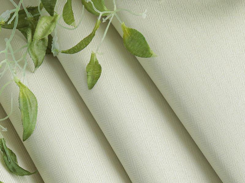 翌々日出荷!丈つめ無料!ヘリンボンの織柄が柔らかな雰囲気の日本製ドレープカーテン 『リトリート  アイボリー 2枚組』
