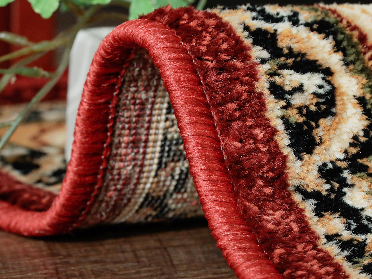 寛ぎ空間を華麗に彩る!耐久性に優れたウィルトン織りラグ 『ソルタス レッド』
