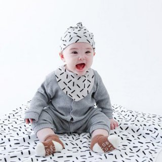 BABY GEOMETRY HOOD【chocolatesoup】