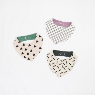 BABY GEOMETRY SWEAT BIB【chocolatesoup】