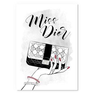 Hold my Dior