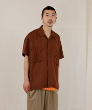 <img class='new_mark_img1' src='https://img.shop-pro.jp/img/new/icons1.gif' style='border:none;display:inline;margin:0px;padding:0px;width:auto;' />Iroquois_TE TWILL WIDE WESTERN H/S SH_BRN