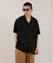 <img class='new_mark_img1' src='https://img.shop-pro.jp/img/new/icons1.gif' style='border:none;display:inline;margin:0px;padding:0px;width:auto;' />Iroquois_TE TWILL WIDE WESTERN H/S SH_BLK